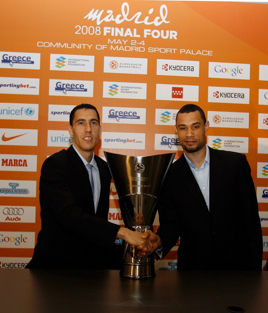 MADRID, SPAIN - MAY 01: Pablo Pigioni of Tau Ceramica and Trajan Langdon of CSKA Moscow during the Euroleague Basketball Final Four Presentation Press Conference at Palacio De Los Deportes De La Comunidad De Madrid on May 1st, 2008 in Madrid, Spain. (Photo by Juan Navarro/Euroleague Basketball/Getty Images) *** Local Caption *** Pablo Pigioni; Trajan Langdon